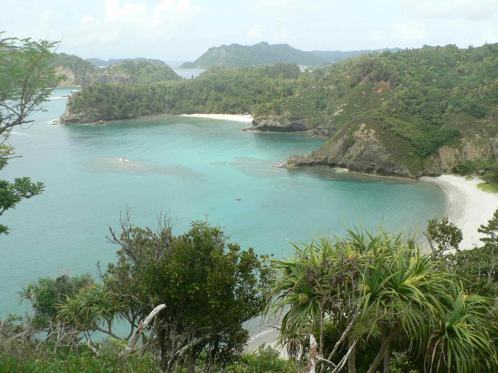日本一綺麗な海でサーフィン! 小笠原・父島